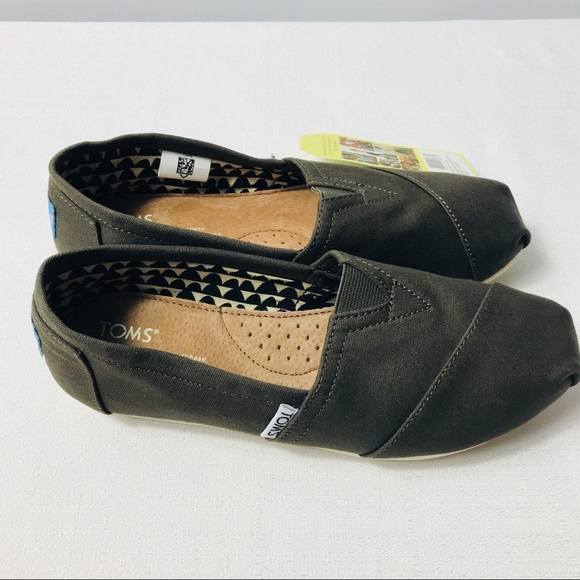 8b66140489e Women s Toms Tamarac Olive Canvas classic shoes